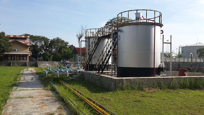 Резервуары для нефтепродуктов в Москве